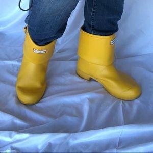 Hunter boots yellow